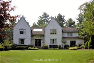 12 Carriage House Drive, Lakeville, MA